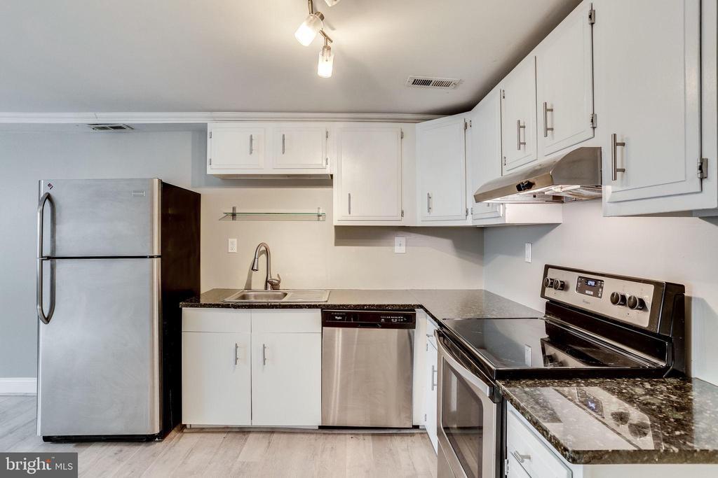 Basement  Kitchen - 1544 8TH ST NW, WASHINGTON