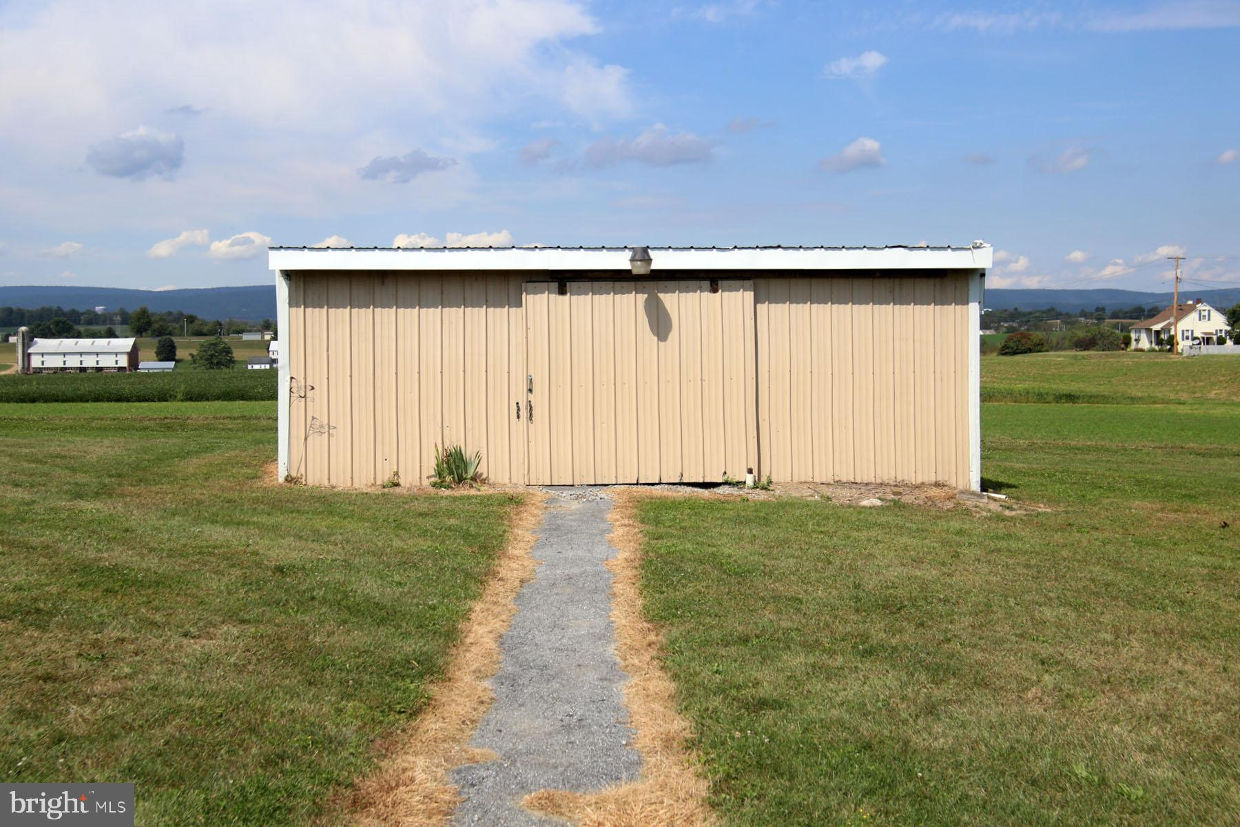 Utility Shed for extra storage.