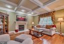 Cozy Sitting Room off Kitchen - 30 MERIDAN LN, STAFFORD