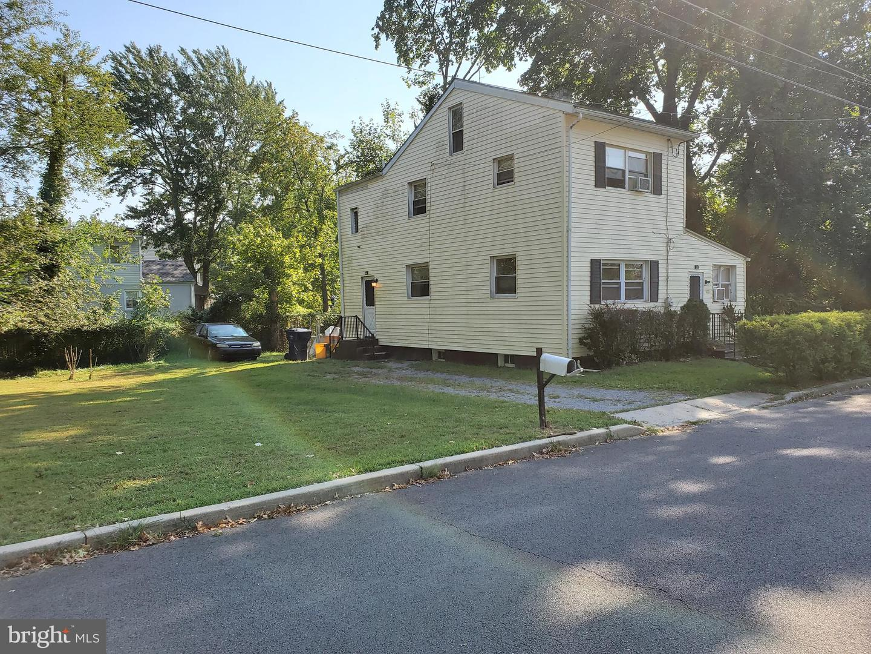 Single Family Homes 為 出售 在 Lawrence, 新澤西州 08648 美國