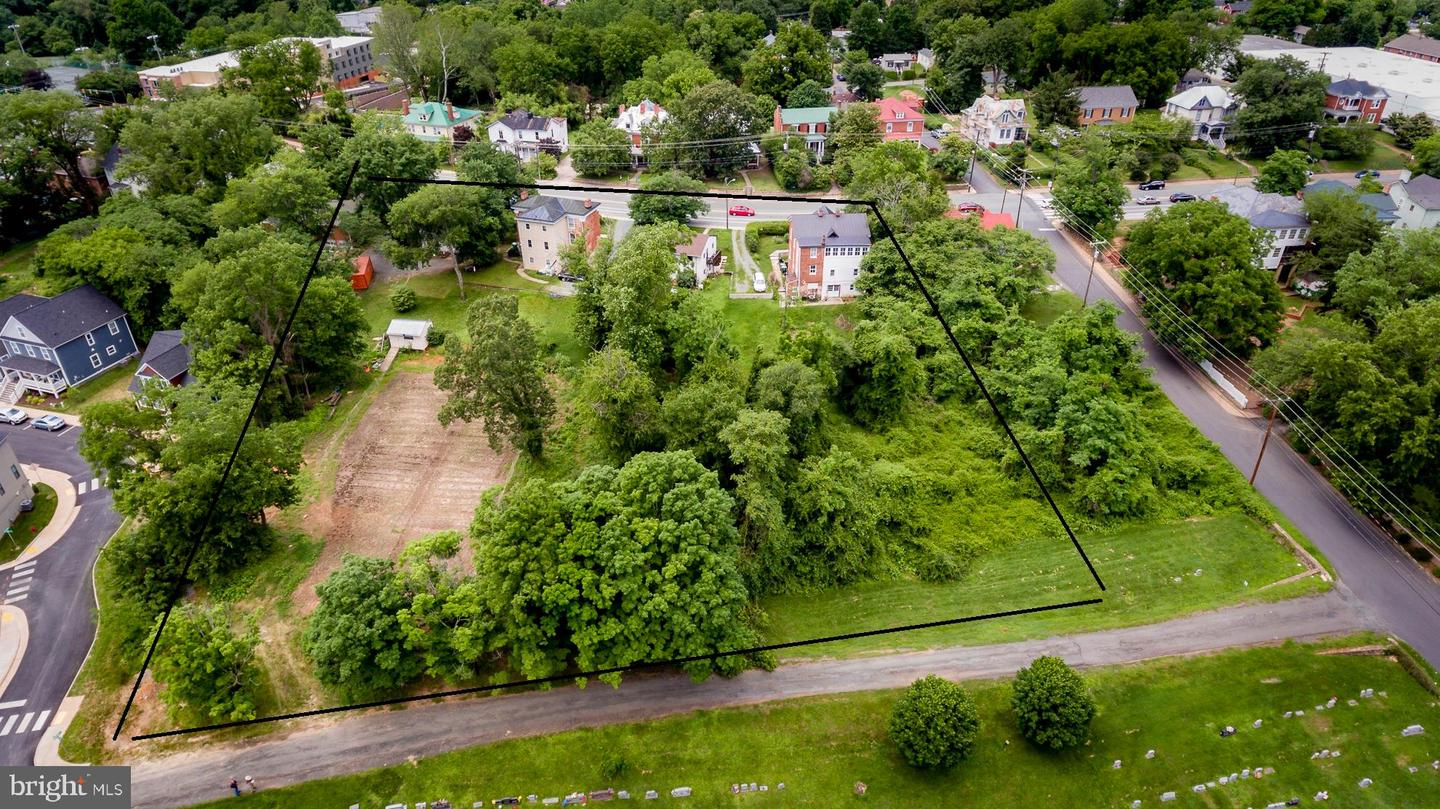 Multi Family for Sale at Charlottesville, Virginia 22902 United States