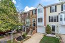 Welcome to 670 Tammy Terrace! - 670 TAMMY TER SE, LEESBURG