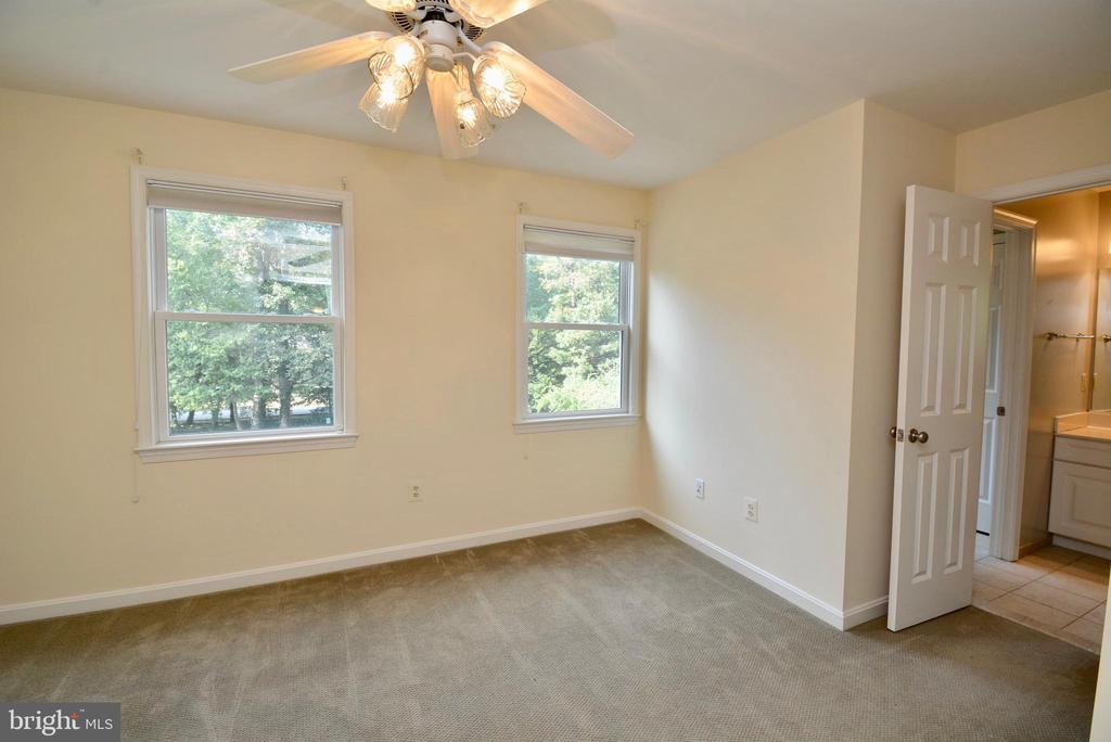 Bedroom #2 - 6013 CHAPMAN RD, LORTON