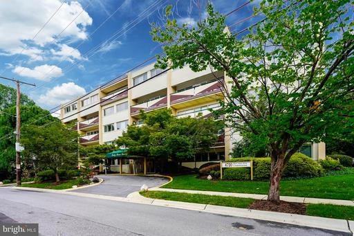 4720 CHEVY CHASE DR #101