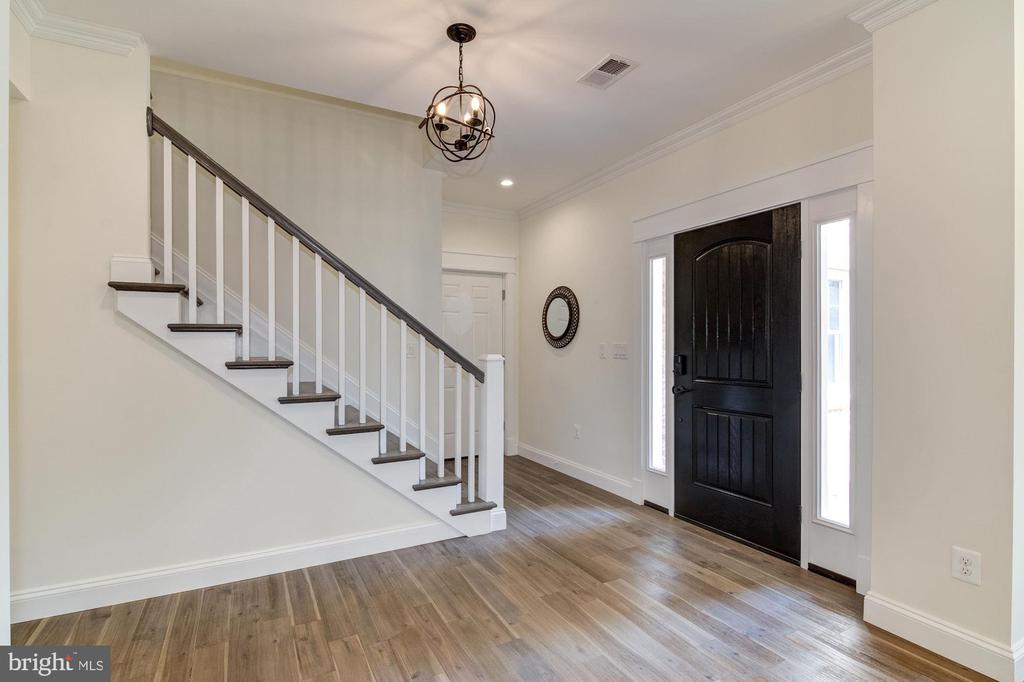 Spacious Foyer with Coat Closet, Insulated Door - 5216 OLD MILL RD, ALEXANDRIA