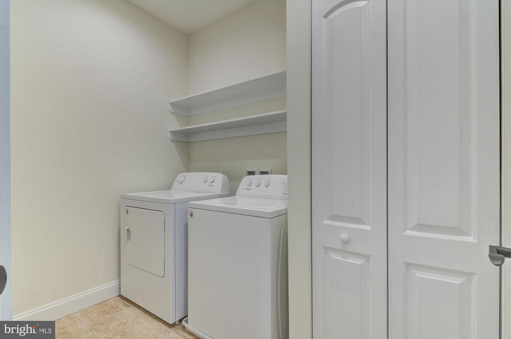 Bedroom Level Laundry Room, Full Size Washer Dryer - 5216 OLD MILL RD, ALEXANDRIA