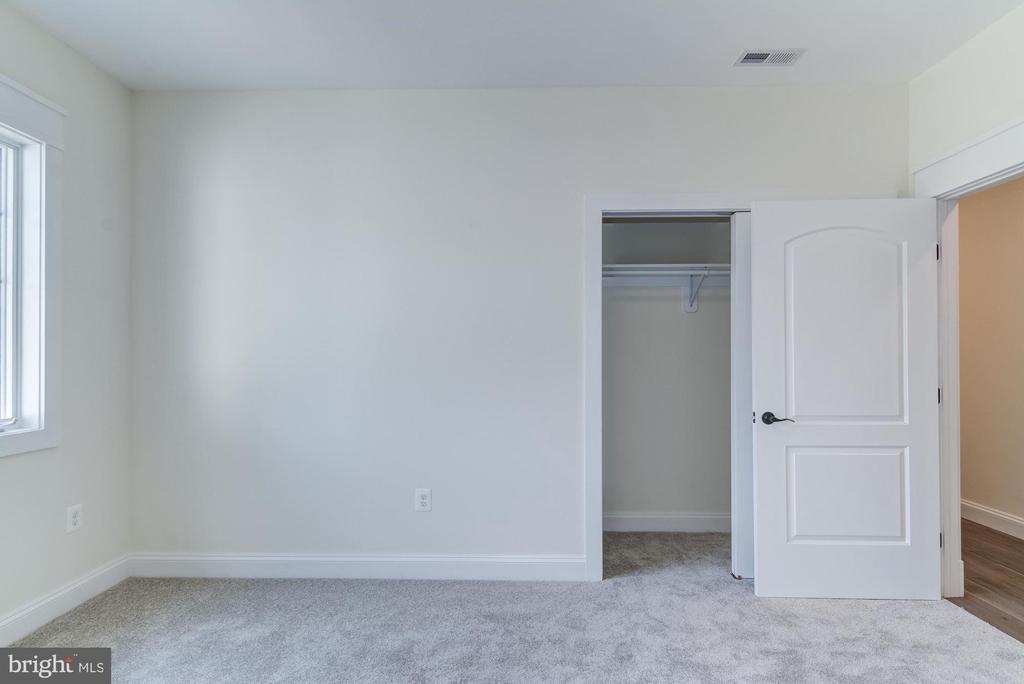 Bedroom 6 - 5216 OLD MILL RD, ALEXANDRIA