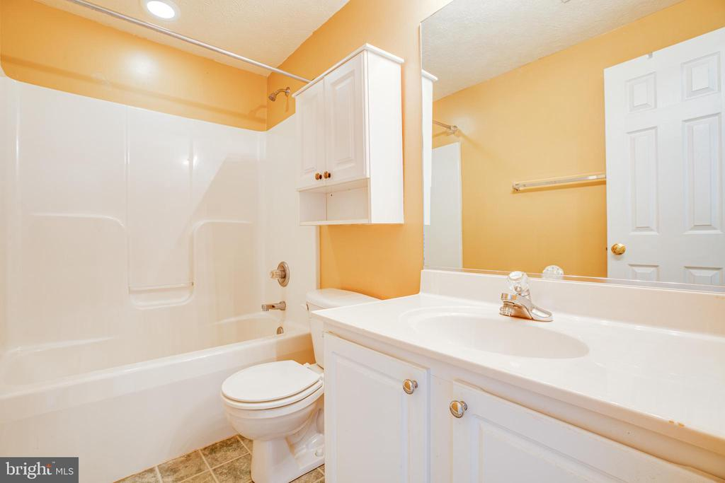 Lower level bathroom (number 5!) - 92 BRUSH EVERARD CT, STAFFORD