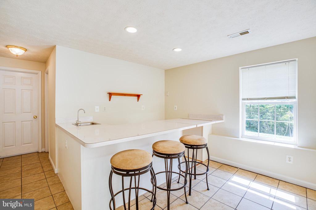 Transform bar into in-law kitchen! - 92 BRUSH EVERARD CT, STAFFORD