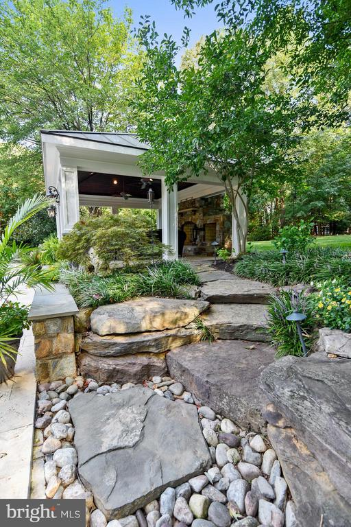 Hardscaping - 12303 BLAIR RIDGE RD, FAIRFAX