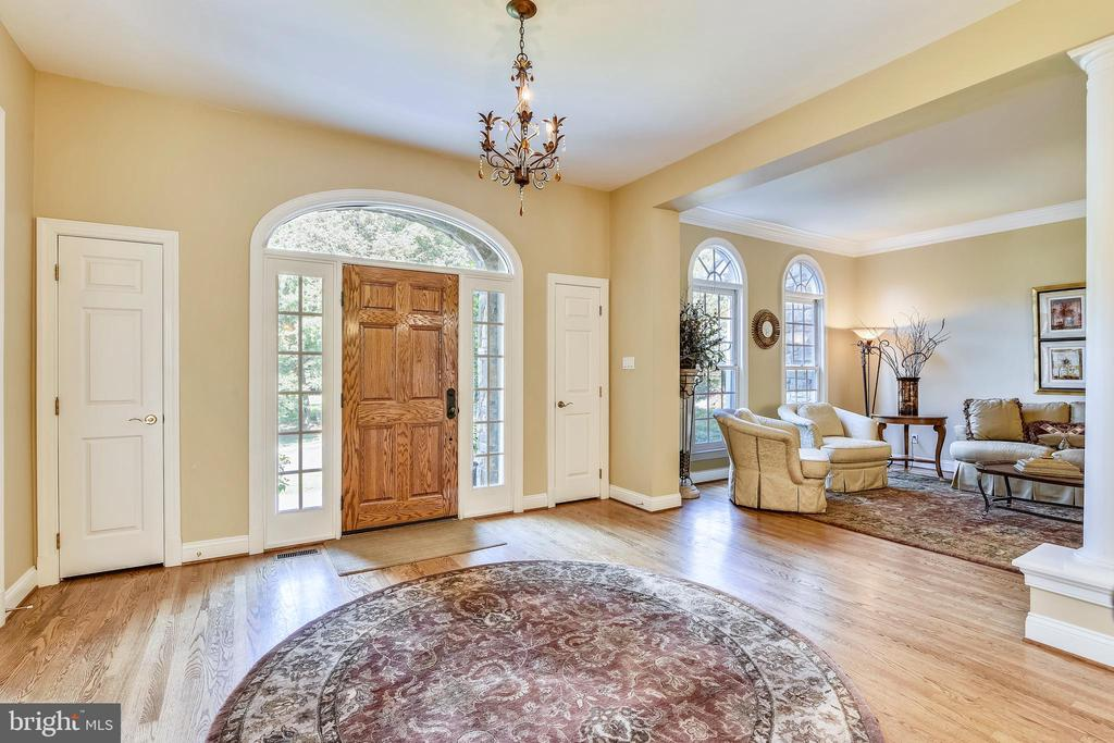 Open floor plan - 12303 BLAIR RIDGE RD, FAIRFAX