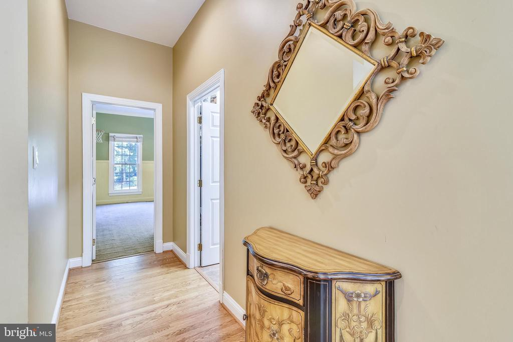 Hardwoods - 12303 BLAIR RIDGE RD, FAIRFAX
