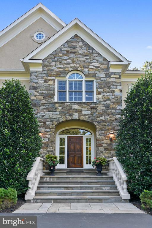 Come in! - 12303 BLAIR RIDGE RD, FAIRFAX