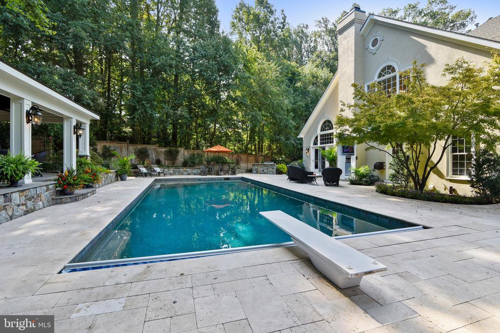Take a dip or dive - 12303 BLAIR RIDGE RD, FAIRFAX