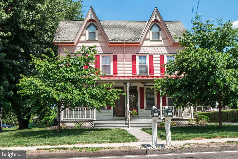 Duplex Homes para Venda às Southampton, Pensilvânia 18966 Estados Unidos