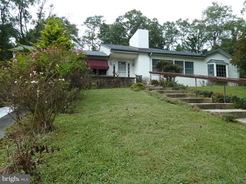 Single Family Homes للـ Sale في Ewing, New Jersey 08628 United States