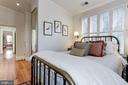 Guest Bedroom with views to the garden - 209 S LEE ST, ALEXANDRIA