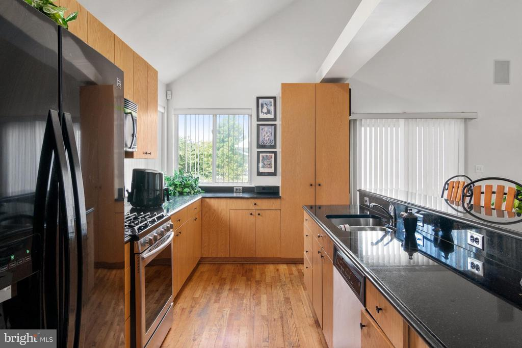 Kitchen - 2903 HILLSIDE AVE, CHEVERLY