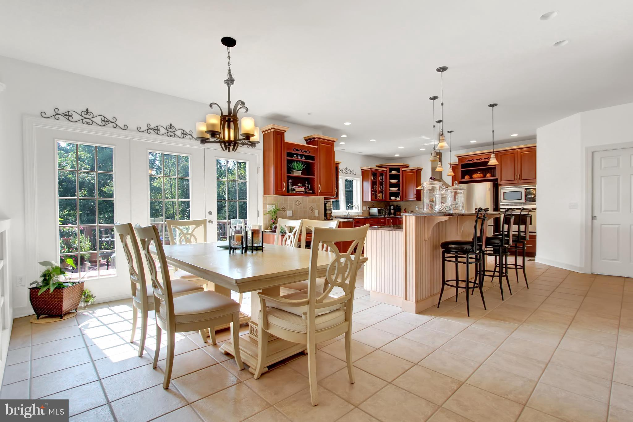 Breakfast nook with access to private outside deck