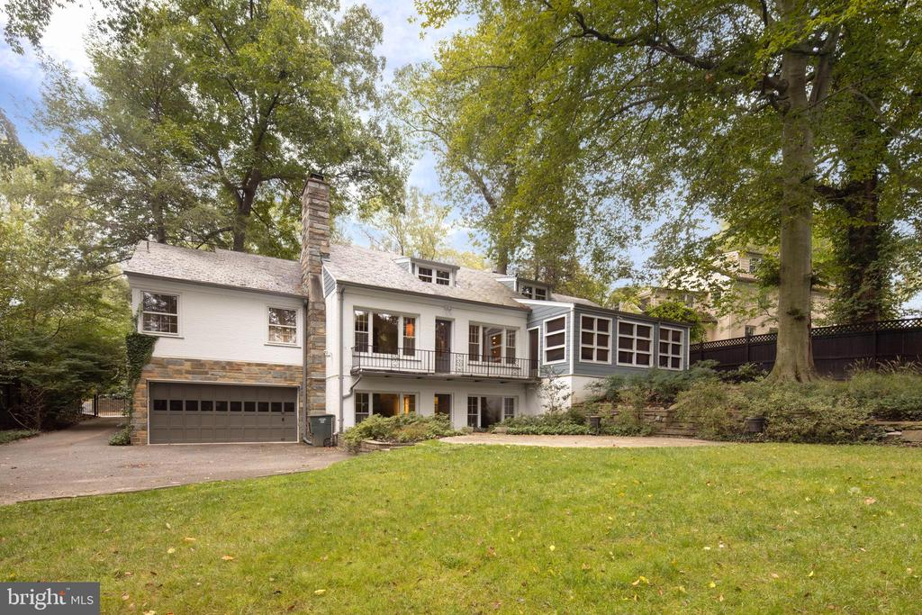 Backyard - 5016 LOUGHBORO RD NW, WASHINGTON
