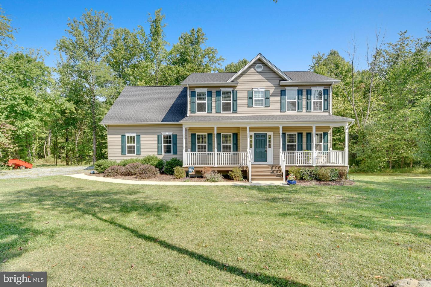 Single Family Homes for Sale at Round Hill, Virginia 20141 United States