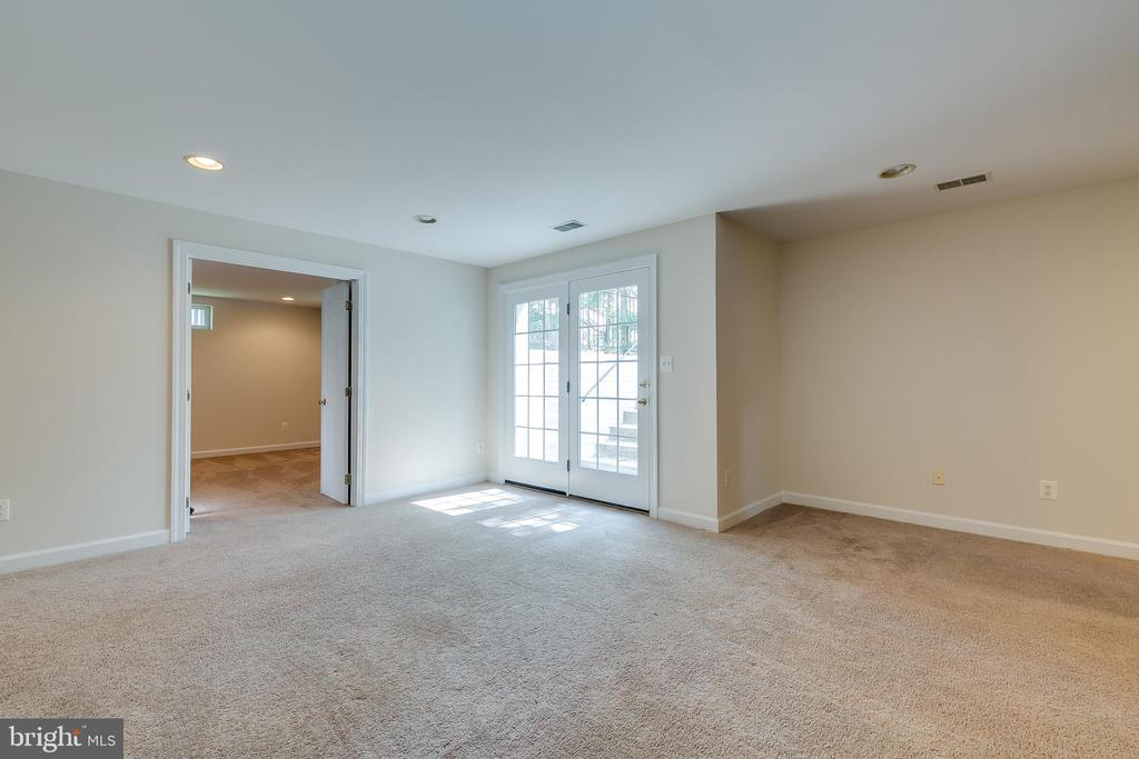 Multi Purpose Room - 43349 ROYAL BURKEDALE ST, CHANTILLY