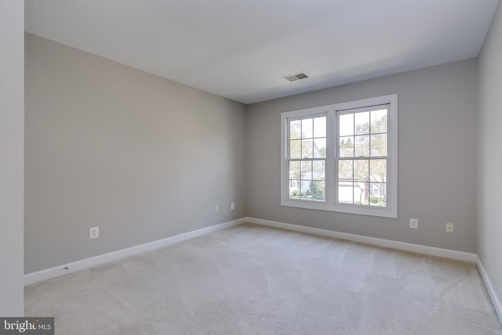 Second Bedroom - 43349 ROYAL BURKEDALE ST, CHANTILLY
