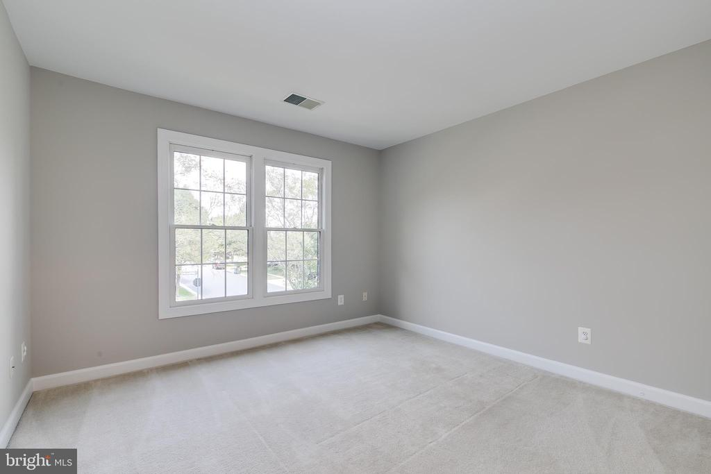 Fourth Bedroom - 43349 ROYAL BURKEDALE ST, CHANTILLY