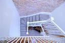 Staircase - 131 R ST NE, WASHINGTON