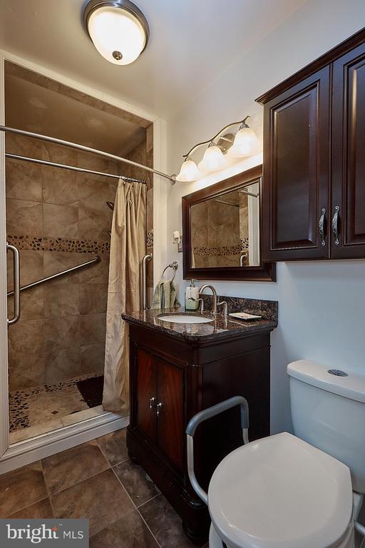 Master Bath #2 - 2017 NEWTON ST NE, WASHINGTON