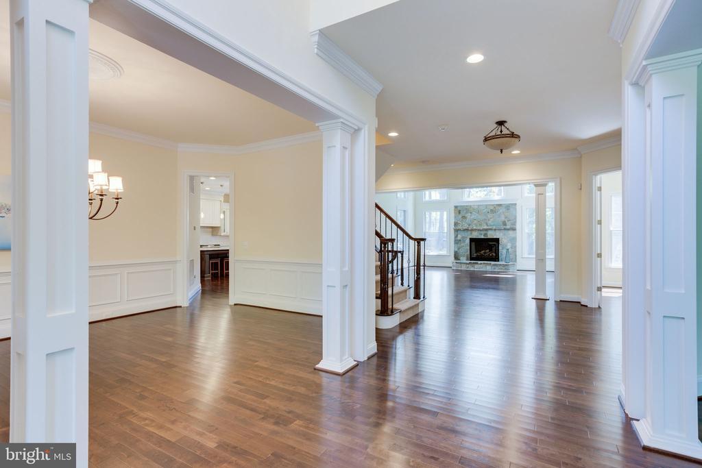 Throughout main level hardwood floors. - 1709 BESLEY RD, VIENNA