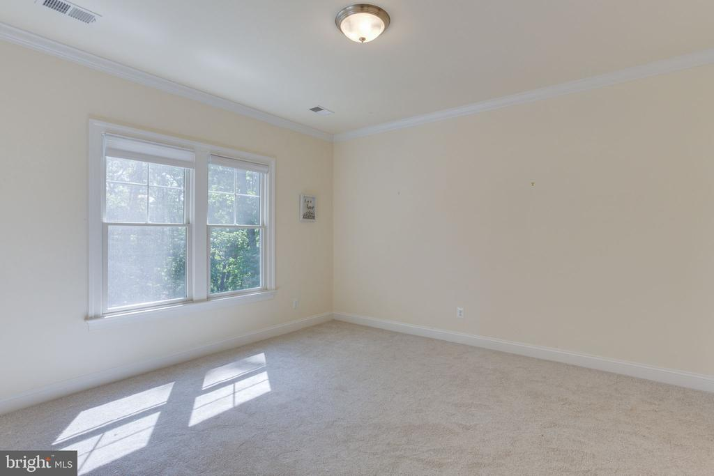 New Carpet installed on all upper bedrooms. - 1709 BESLEY RD, VIENNA