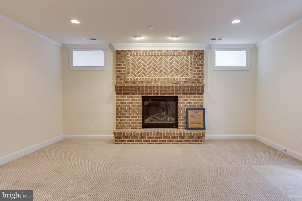 Second fireplace. - 1709 BESLEY RD, VIENNA