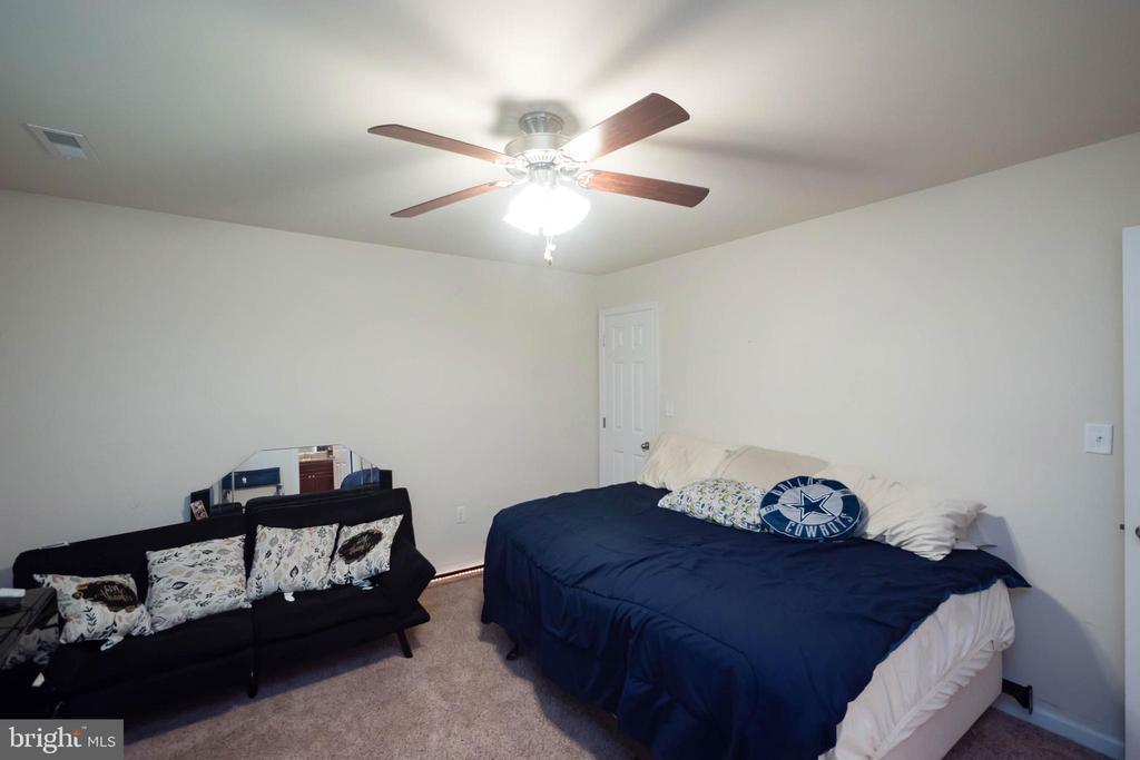 Bedroom 2b - 17983 POSSUM POINT RD, DUMFRIES