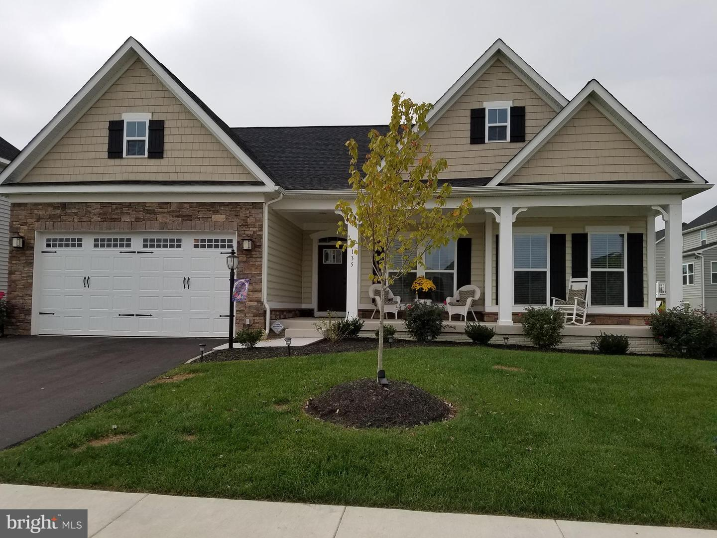 Single Family Homes for Sale at Lake Frederick, Virginia 22630 United States
