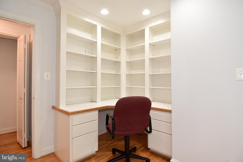 Bedroom/Office - 608 4TH PL SW, WASHINGTON