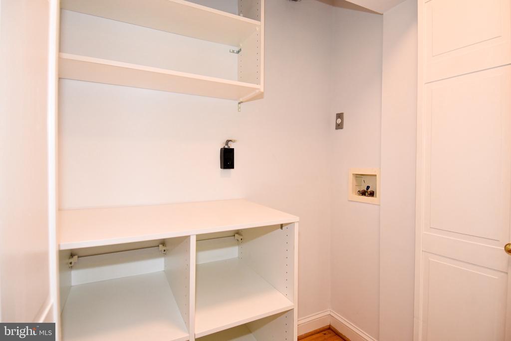 Upstair Laundry Closet - 608 4TH PL SW, WASHINGTON