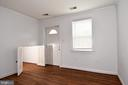 Apt Bedroom - 608 4TH PL SW, WASHINGTON