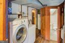 Laundry room - 16657 TREE CROPS LN, ROUND HILL