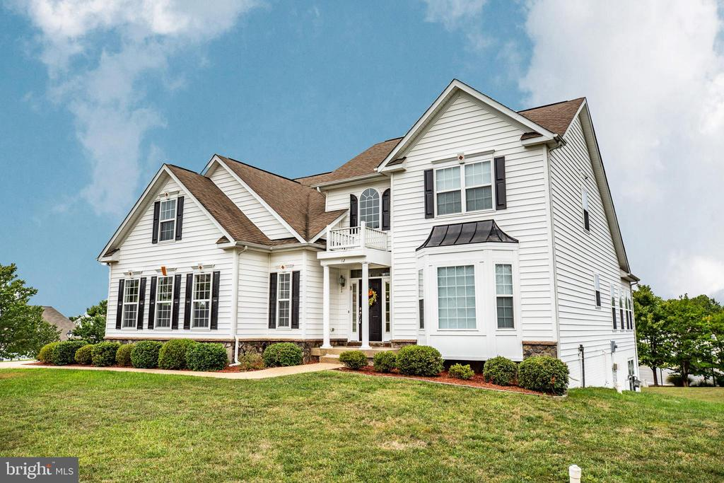 Great location, lightly lived in and flexible! - 12 GABRIELS LN, FREDERICKSBURG
