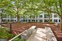 Peaceful courtyard - 4101 ALBEMARLE ST NW #447, WASHINGTON