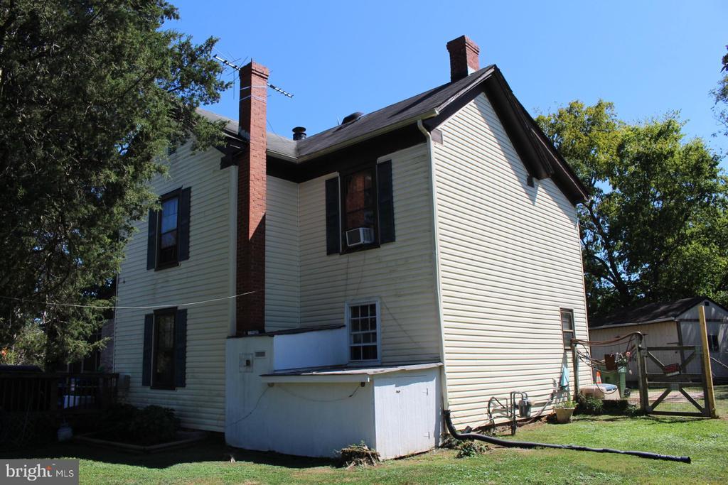 Exterior - House Photo - 7643 CHESTNUT ST, MANASSAS