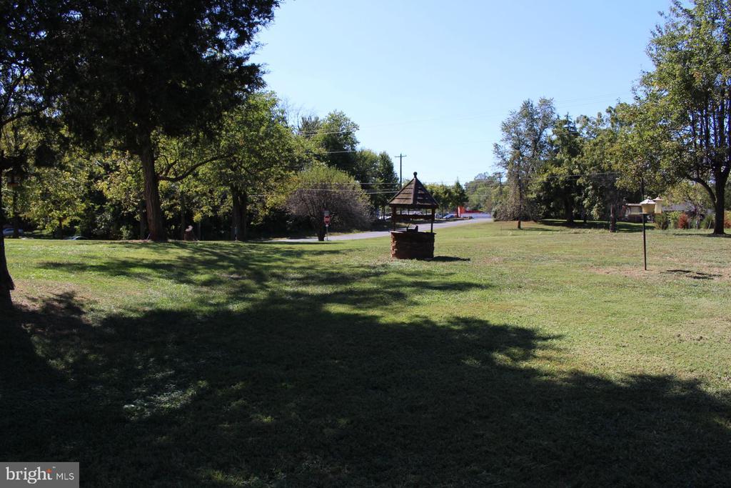 Exterior - Front Yard - 7643 CHESTNUT ST, MANASSAS
