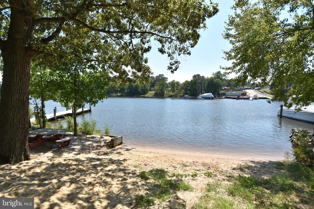 Community Beach - 845 S SHORE DR, GLEN BURNIE