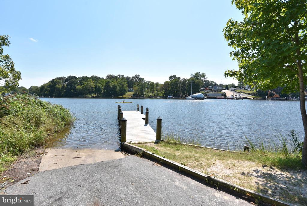 Community Boat Launch with Voluntary Membership - 845 S SHORE DR, GLEN BURNIE
