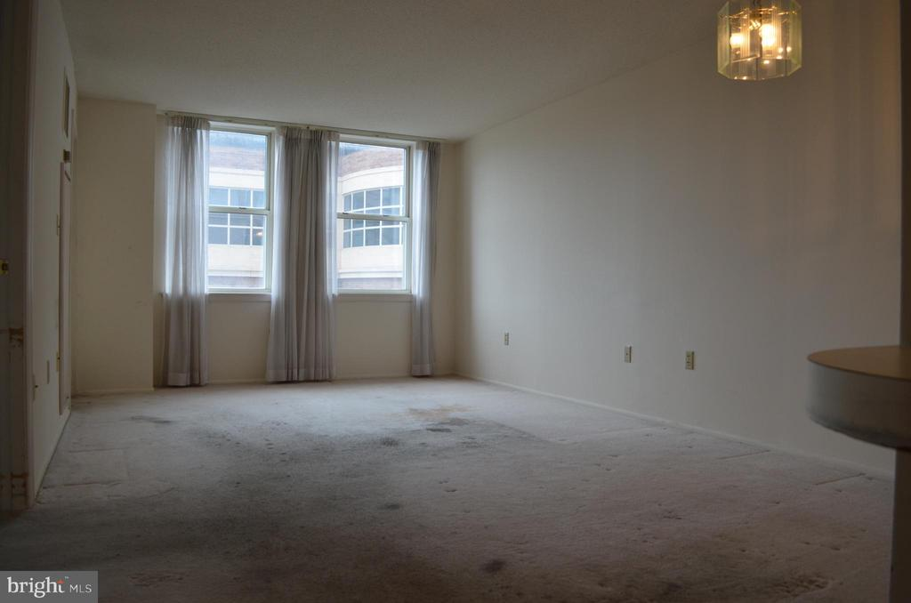 Living Room - 900 N TAYLOR ST #709, ARLINGTON