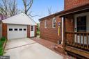 1 car garage & driveway for 2 or 3 cars - 912 W BRADDOCK RD, ALEXANDRIA