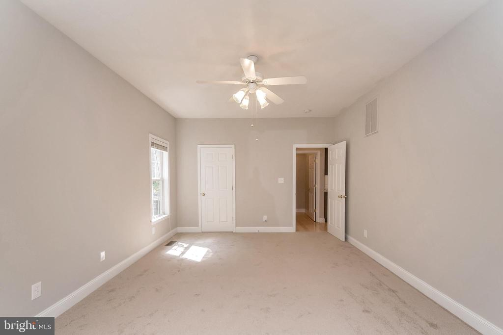Master bedroom with  spacious walk in closet - 308 WILDERNESS DR, LOCUST GROVE