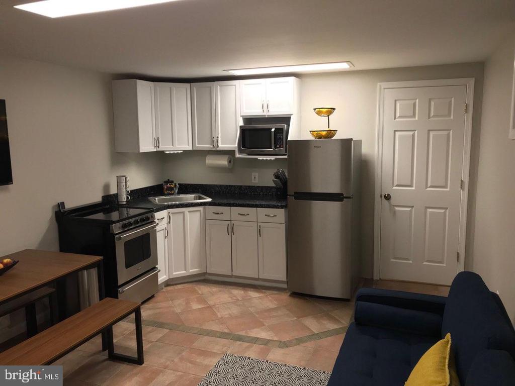 In Law Suite - Kitchen - 4300 CLAGETT PINE WAY, UNIVERSITY PARK