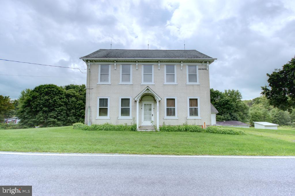 Single Family Homes para Venda às Germansville, Pensilvânia 18053 Estados Unidos